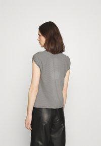 Anna Field - Printtipaita - white/black - 2