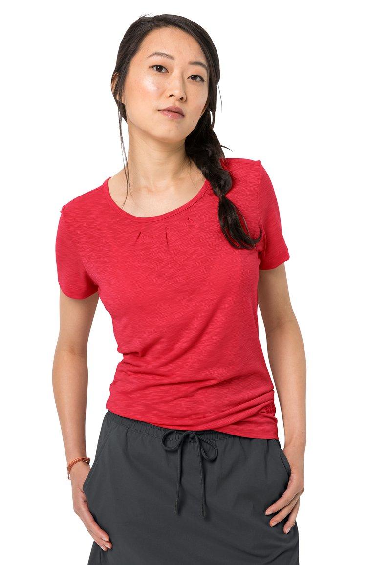 Jack Wolfskin - TRAVEL DRAPE - Sports shirt - tulip red