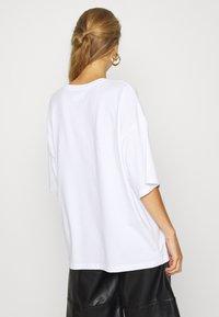 Even&Odd - Jednoduché triko - white - 2