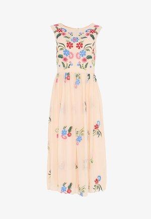 Denní šaty - nude