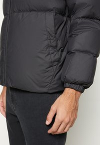Tommy Jeans - ESSENTIAL JACKET - Piumino - black - 6