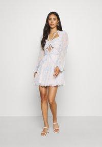 Thurley - CONQUEST MINI DRESS - Sukienka koktajlowa - offwhite - 1