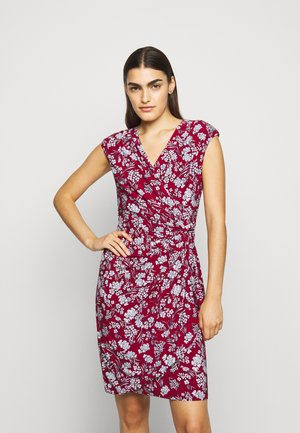 PRINTED MATTE DRESS - Day dress - vibrant garnet
