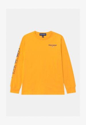 Pitkähihainen paita - gold bugle