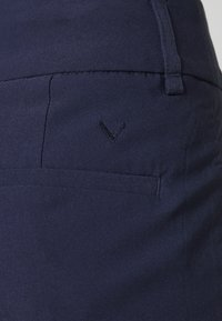 Callaway - CHEV PULL ON TROUSER - Trousers - peacoat - 3