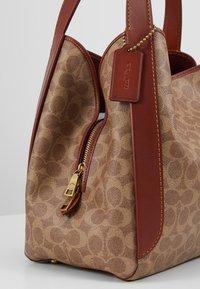 Coach - COATED SIGNATURE HADLEY  - Handbag - tan rust - 6