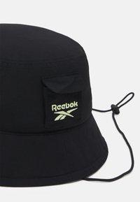 Reebok Classic - RETREAT BUCKET HAT UNISEX - Hat - black - 3
