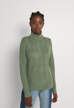 VMCARDI HIGHNECK - Jumper - green