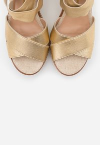 Dorothy Perkins - ECO REEL WEDGE - High heeled sandals - gold - 5