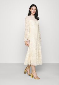 Needle & Thread - MIRABELLE SEQUIN BALLERINA DRESS EXCLUSIVE - Occasion wear - champagne - 1