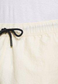 Jordan - Shorts - beach/white/black - 3