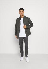 Burton Menswear London - SLIM 2 PACK - Kangashousut - navy - 0