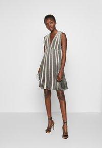 M Missoni - SLEEVES DRESS - Abito in maglia - multi-coloured - 1