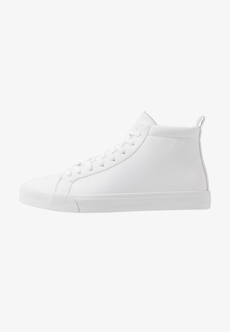 Pier One - Vysoké tenisky - white