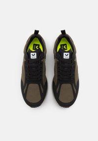 Veja - CONDOR 2 - Chaussures de running neutres - kaki/oxford grey/black - 3