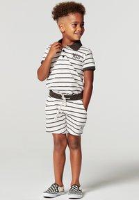 Noppies - LANTANA - Polo shirt - white sand - 0