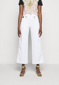 Versace Jeans Couture - Flared Jeans - optical white - 0