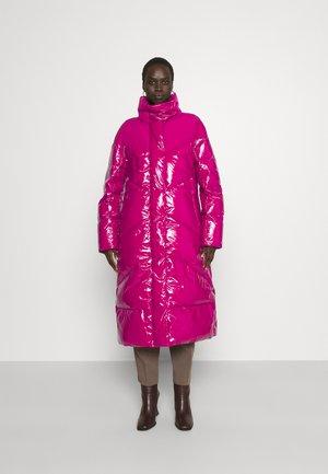Down coat - garnet