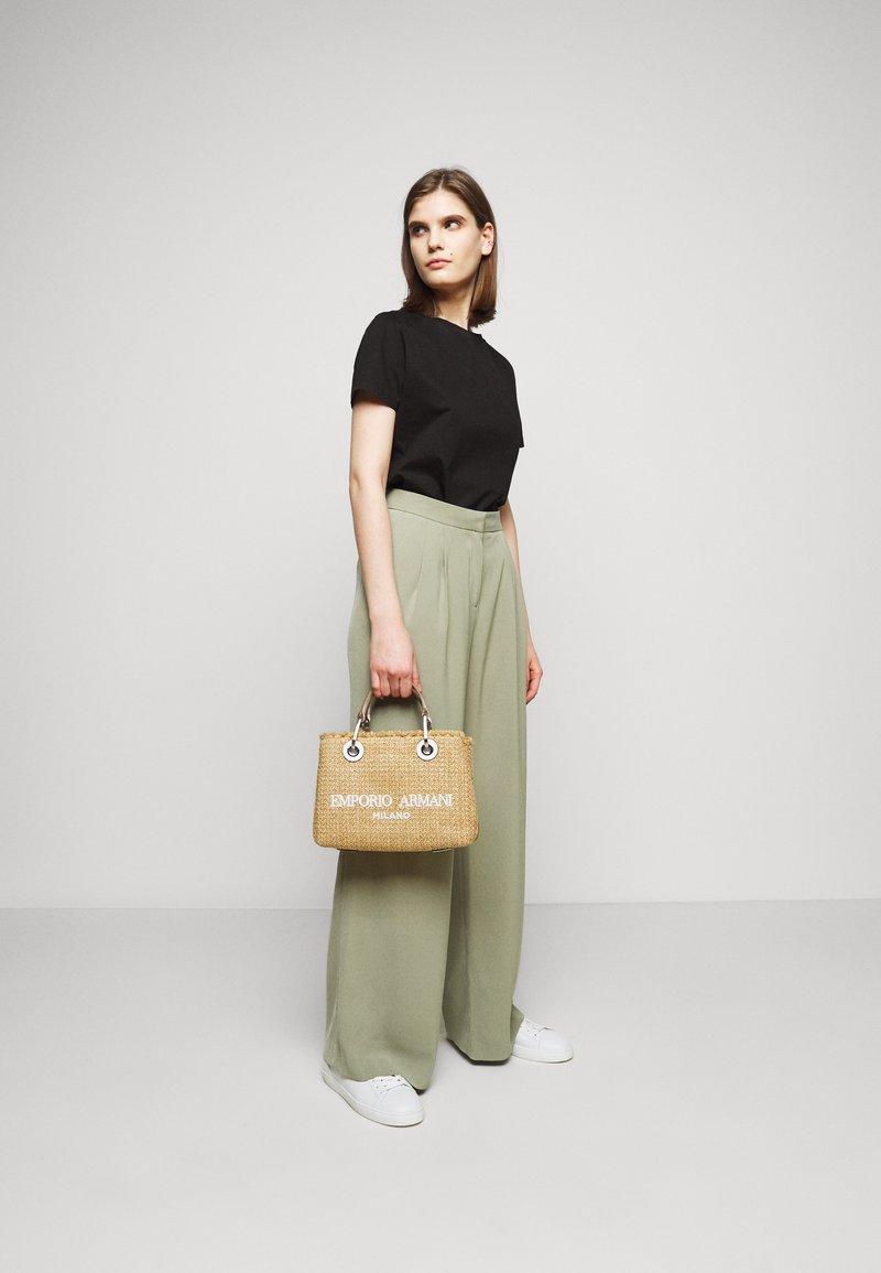 Emporio Armani - BAG SET - Handbag - natural/bianco
