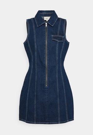 FLYER DRESS - Denim dress - indigo