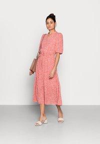 Moss Copenhagen - CLOVER 2/4 DRESS - Day dress - faded rose - 1