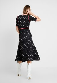 Alice McCall - LADY DAY MIDI DRESS - Pletené šaty - black - 3