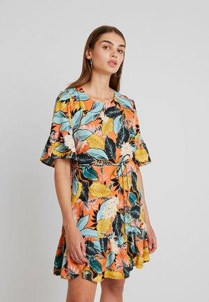 ERICA DRESS - Robe d'été - black/pink