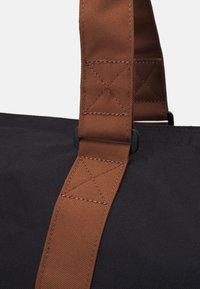 Herschel - NOVEL UNISEX - Weekend bag - black - 4