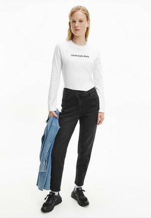 SHRUNKEN INSTITUTIONAL TEE - Long sleeved top - bright white/ck black