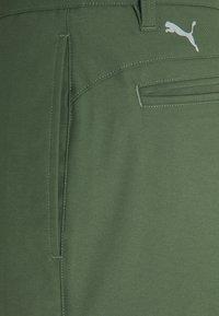 Puma Golf - TAILORED JACKPOT PANT - Pantalon classique - thyme - 2