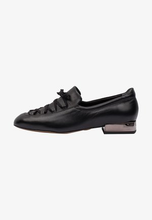 Nazouvací boty - czarny
