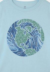 GAP - Print T-shirt - pacific mist - 2