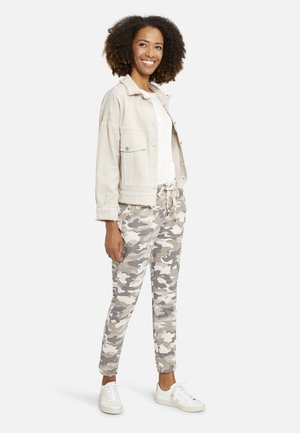 Trousers - camel print
