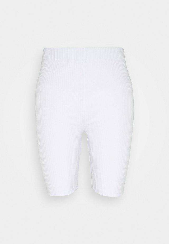 EMELIA - Shorts - white