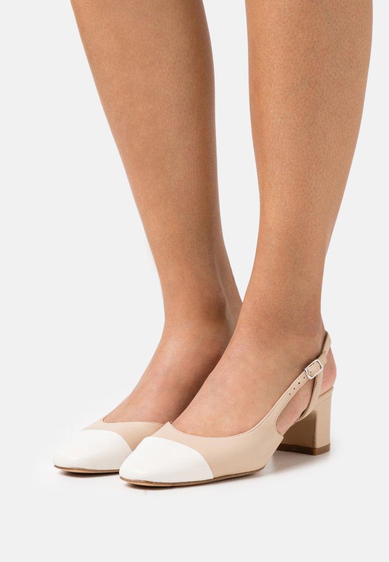 Bianca Di - Classic heels - beige/white