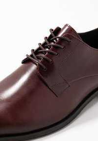 Shoe The Bear - RAMPLING - Smart lace-ups - brown