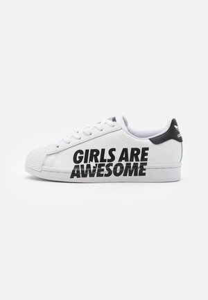 SUPERSTAR SPORTS INSPIRED SHOES UNISEX - Tenisky - footwear white/core black