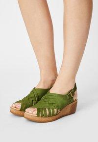 El Naturalista - LEAVES - Wedge sandals - selva - 0