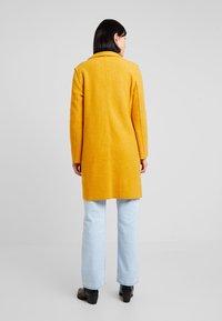 Mavi - LONG SLEEVE - Classic coat - mango mojito - 2