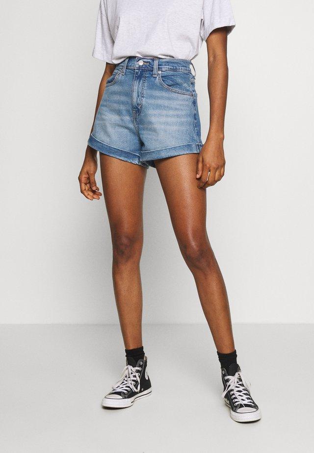 MOM A LINE  - Denim shorts - bandit blue