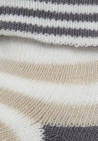 Ewers - ONE BORN 6 PACK UNISEX - Socks - off-white - 3