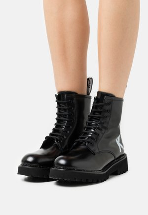 TROUPE BRUSH LOGO BOOT HI - Lace-up ankle boots - black