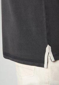 Napapijri - GANDY - Poloshirt - dark grey solid - 6