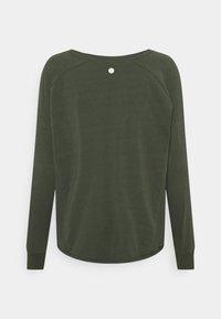 Cotton On Body - ACTIVE LONGSLEEVE  - Long sleeved top - khaki - 1
