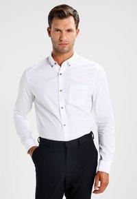 Zalando Essentials - Shirt - white - 0