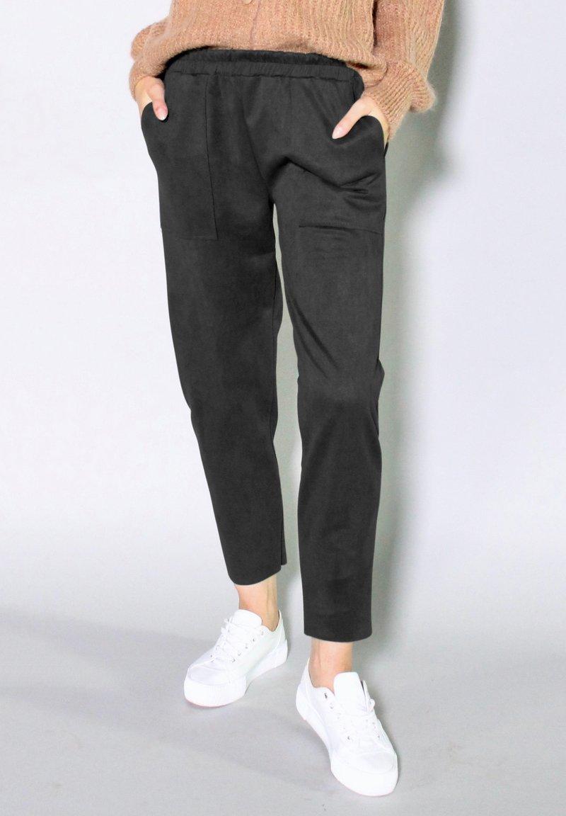 Riquai Clothing - Trousers - schwarz