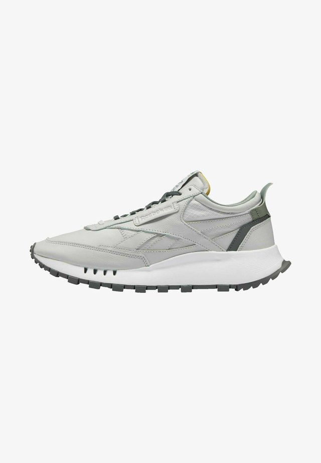 CLASSIC LEATHER LEGACY SHOES - Sneakersy niskie - grey