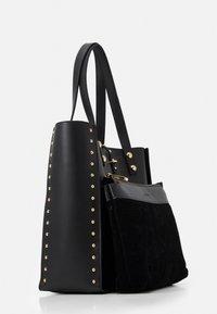 Trussardi - DAFNE SHOPPING SET - Shopping bag - black - 4