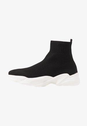 BIACASE - Sneakersy wysokie - black