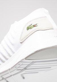 Lacoste - LT FIT-FLEX - Sneakersy niskie - white - 5